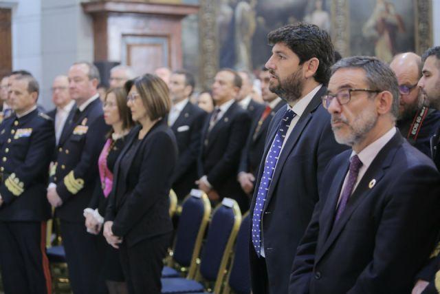 El presidente Fernando López Miras asiste a  la misa con motivo del día de la patrona de Cartagena,  la Virgen de la Caridad - 1, Foto 1