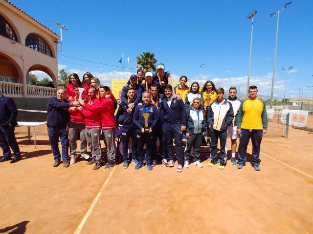 Baño de oro de la UCAM en tenis y bádminton - 2, Foto 2