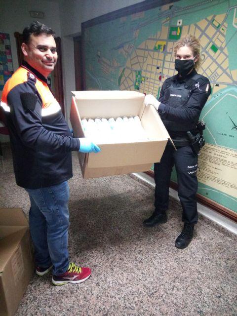 El Ayuntamiento repartirá desde primera hora del lunes y martes 10.000 mascarillas a trabajadores y trabajadoras que se incorporen a sus puestos de trabajo - 1, Foto 1