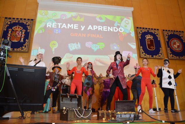 Un alumno de Murcia y una estudiante de Cartagena ganan el concurso 'Rétame y Aprendo' en la Politécnica - 1, Foto 1