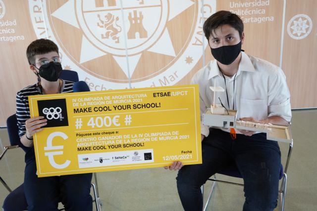 Estudiantes de Jumilla ganan la Olimpiada de Arquitectura colonizando para clases prácticas la azotea de su instituto - 1, Foto 1