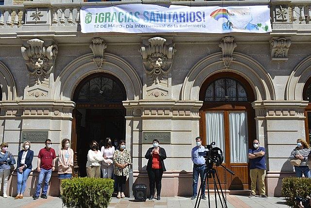 """El Ayuntamiento de La Unión homenajea a médicos, enfermeros y auxiliares con una gran pancarta """"GRACIAS SANITARIOS"""" - 1, Foto 1"""