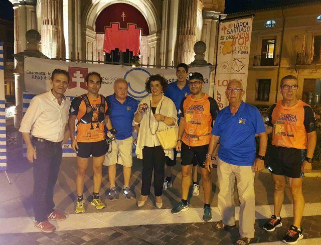 La carrera 'Non stop Lorca-Santiago' promociona el Año Jubilar de Caravaca, Foto 1