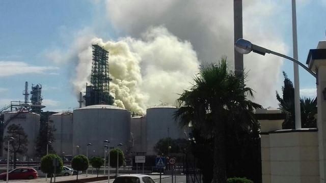 MC solicita la convocatoria urgente de la Mesa de Calidad del Aire para que los vecinos tengan toda la información sobre el incidente en refinería - 1, Foto 1