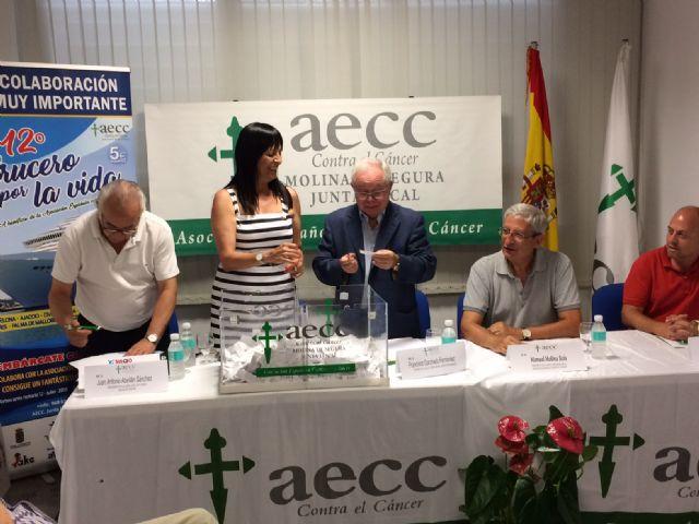 El número 2.044 es el ganador del primer premio en el sorteo del 12º Crucero por la Vida organizado por la Junta Local de la Asociación Española Contra el Cáncer de Molina de Segura - 2, Foto 2