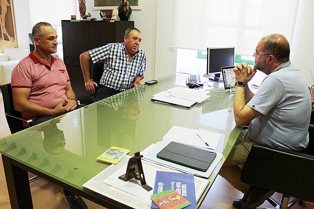 El alcalde se re�ne con organizaciones agrarias de Totana para conocer las necesidades y demandas generales del campo y la ganader�a en el municipio, Foto 1