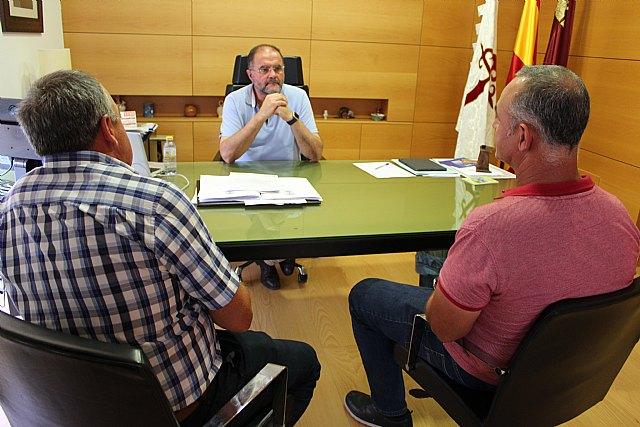 El alcalde se re�ne con organizaciones agrarias de Totana para conocer las necesidades y demandas generales del campo y la ganader�a en el municipio, Foto 2