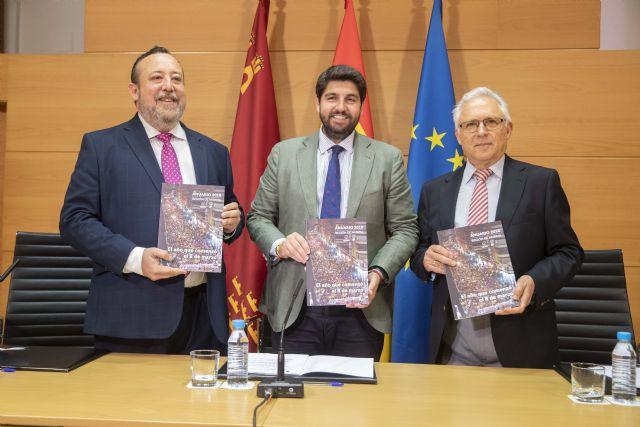 López Miras preside en el acto de presentación del Anuario del Colegio de Periodistas de la Región de Murcia - 1, Foto 1