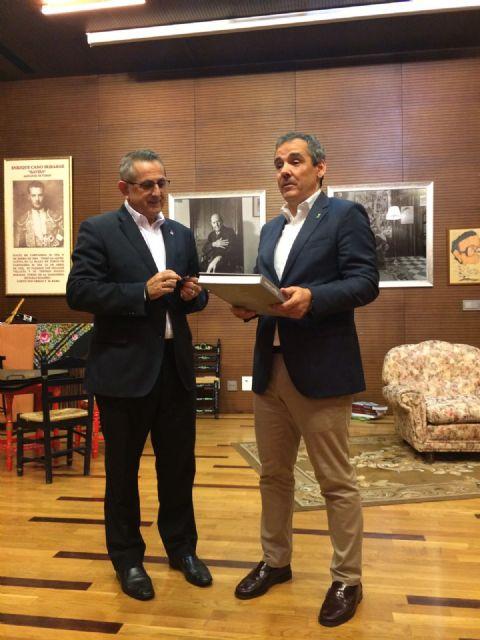 La Unión da la bienvenida a Asturias en el día que el Principado recibe el premio Castillete de Oro, Foto 3
