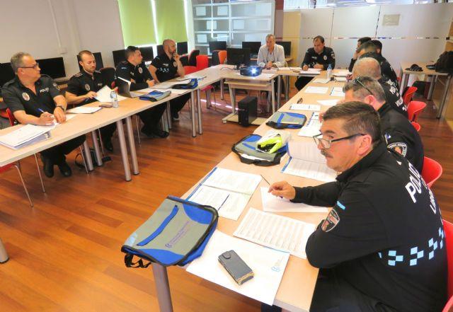 La Comunidad forma a 12 auxiliares de Policía Local para Librilla, Campos del Río y Villanueva del Segura - 1, Foto 1