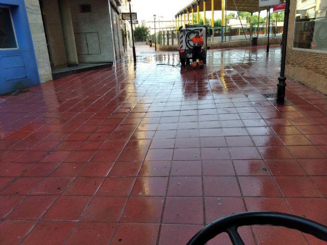 El Ayuntamiento de Molina de Segura incrementa las tareas de limpieza y desinfección de las zonas del municipio más sensibles y de máxima afluencia - 1, Foto 1