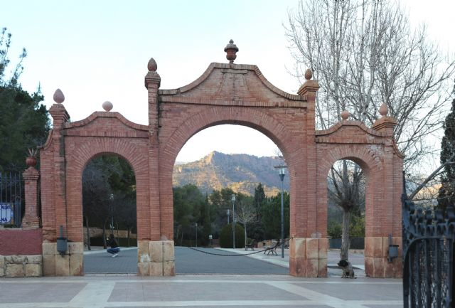 Aprueban la aportaci�n anual de 12.000 euros del Ayuntamiento de Totana a la Fundaci�n La Santa para colaborar en sus gastos de mantenimiento, Foto 5