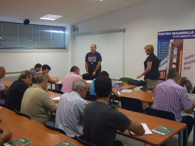 Two training courses for pesticide treatments and qualified Fitosanitarios basic level are opened