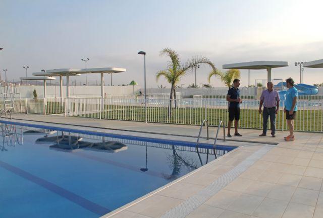 El Ayuntamiento de Puerto Lumbreras reutiliza el agua de las piscinas de verano para la limpieza de calles y riego de jardines - 2, Foto 2