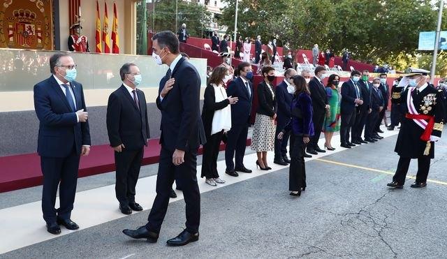 El presidente del Gobierno asiste a los actos conmemorativos del Día de la Fiesta Nacional, presididos por SS.MM. los Reyes - 1, Foto 1