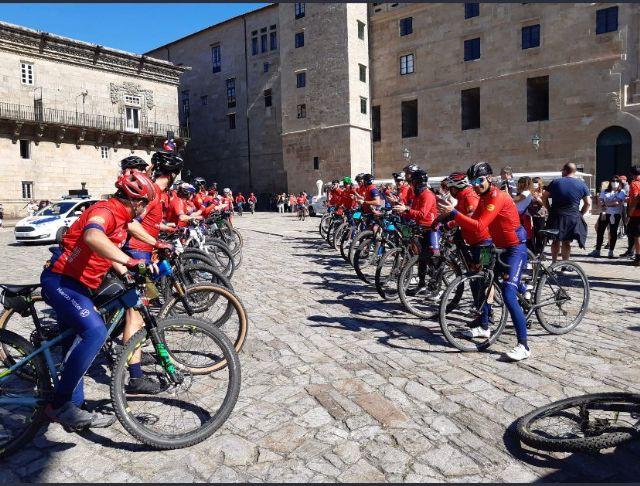 Los bomberos de Mi Camino Solidario Non Stop llegan a Santiago de Compostela - 2, Foto 2