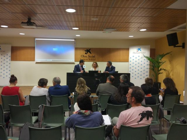 """El Candil"" signs a collaboration agreement with the Banking Foundation ""La Caixa"", Foto 1"