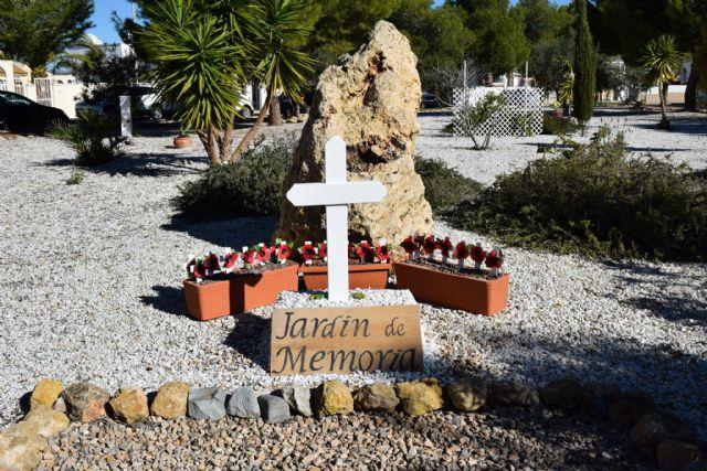 La comunidad británica de Mazarrón recuerda en el jardín de la memoria de Camposol a sus militares fallecidos - 1, Foto 1