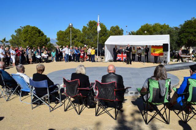 La comunidad británica de Mazarrón recuerda en el jardín de la memoria de Camposol a sus militares fallecidos - 2, Foto 2