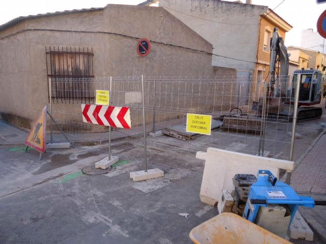 The renovation works of the potable water and sewerage networks in Galicia Street are underway