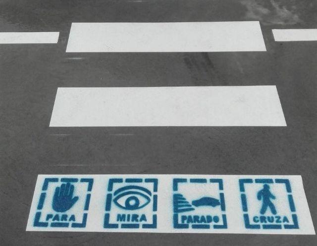 Puerto Lumbreras pintará pictogramas en los pasos de peatones de los colegios y CIPED - 3, Foto 3