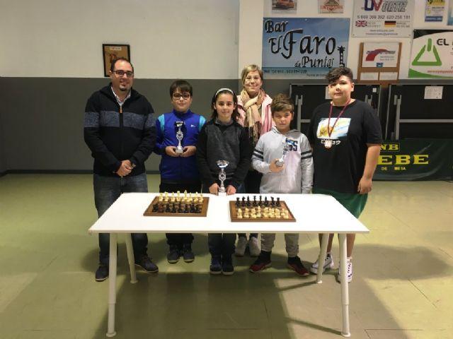 El IES Felipe II se impone en el campeonato de ajedrez celebrado dentro del programa de Deporte Escolar - 1, Foto 1