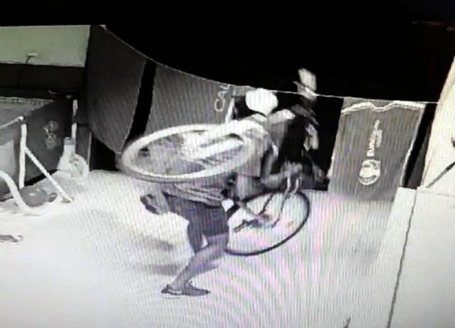 La Guardia Civil desmantela un grupo criminal relacionado con una treintena de robos de bicicletas - 3, Foto 3