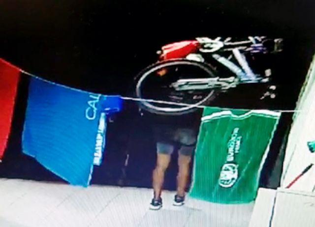 La Guardia Civil desmantela un grupo criminal relacionado con una treintena de robos de bicicletas - 4, Foto 4
