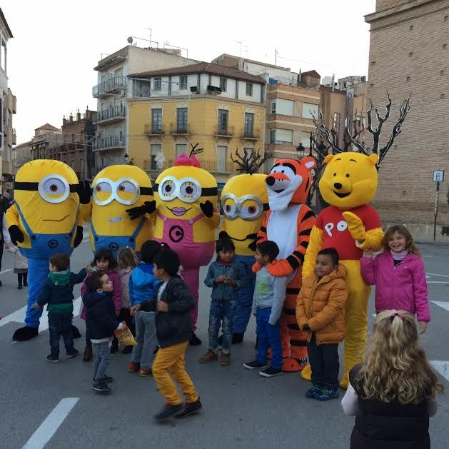 "The characters of the television and the cinema carried out the second parade ""We are going to the Fair"" from the Plaza de la Constitución to the fairgrounds - 1"