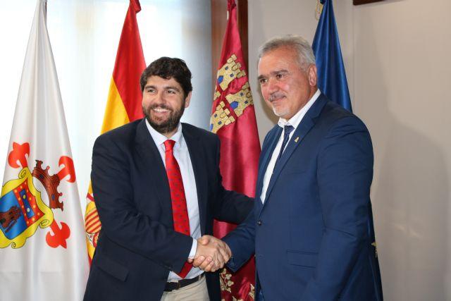 Fernando López Miras se reúne con el alcalde de Moratalla - 1, Foto 1