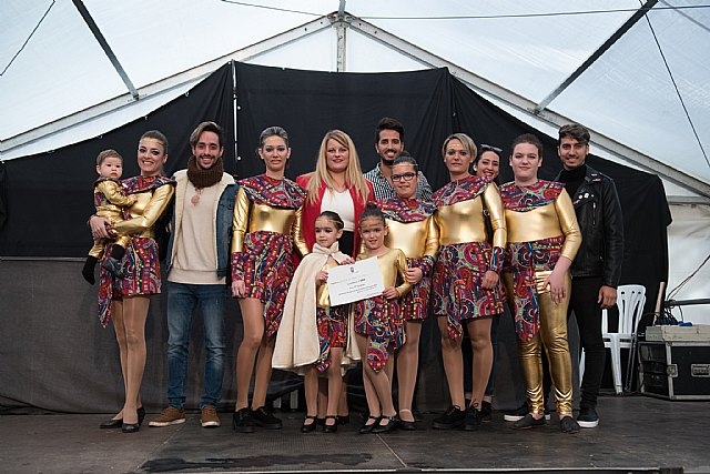De Rosa gana el desfile de carrozas de las fiestas patronales, Foto 1