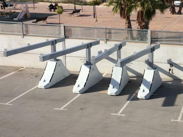 Comienza la instalación de la marquesina del parking del Centro Local de Seguridad - 2, Foto 2