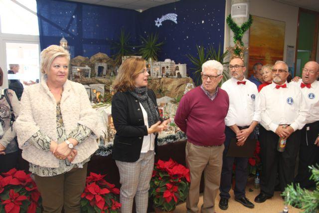 Los mayores pinatarenses celebran la llegada de la Navidad con los belenes en los hogares del pensionista - 1, Foto 1