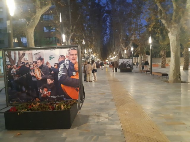 [Murcia dedicates a privileged space to T o Juan Rita in the urban photographic exhibition organized to commemorate the Meeting of the Patiño Crews, Foto 3