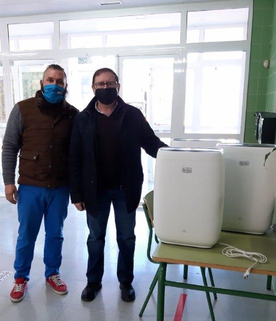 La Concejalía de Educación distribuye 199 filtros purificadores de aire para las aulas de todos los colegios - 3, Foto 3
