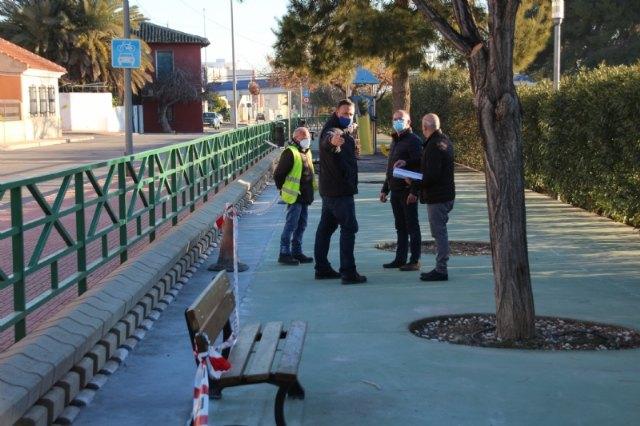 Parques y jardines instala nuevos aparatos biosaludables y juegos infantiles en cuatro espacios verdes del municipio - 2, Foto 2