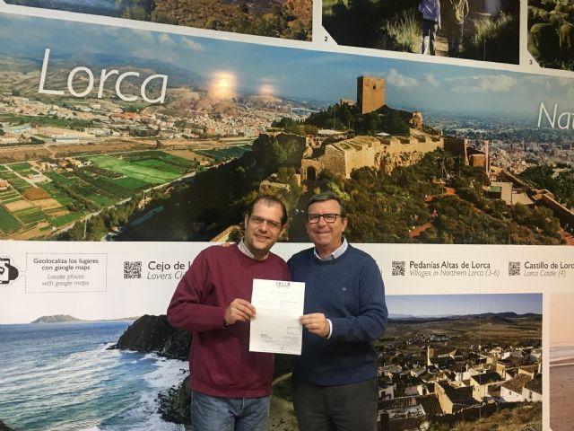 La Concejalía de Turismo hace entrega de un cheque a la protectora de animales Faunasol con la recaudación de las actividades que se realizaron por San Antón en el Castillo - 1, Foto 1