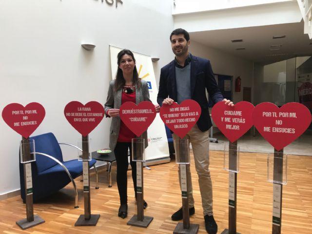 El Ayuntamiento y Hostelor ponen en marcha la campaña de concienciación ciudadana Lorca limpia te enamora para fomentar el cuidado de nuestras calles - 1, Foto 1