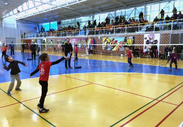 Tres oros individuales y dos por equipos para los participantes torreños en la final regional de bádminton escolar - 1, Foto 1