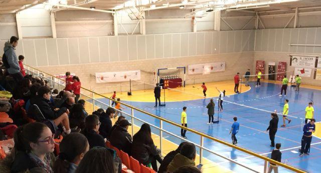 Tres oros individuales y dos por equipos para los participantes torreños en la final regional de bádminton escolar - 2, Foto 2