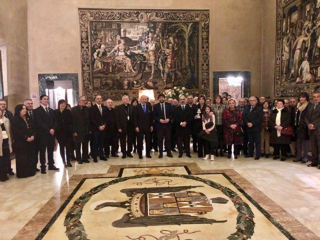 Fernando López Miras encabeza la delegación murciana que se reúne con el embajador de España ante la Santa Sede, Foto 1