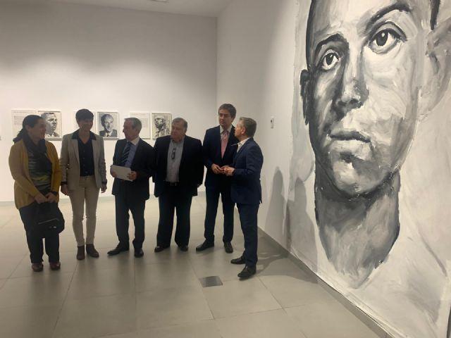 La sala de exposiciones de La Glorieta muestra las ´Curiosidades de Miguel Hernández´ - 2, Foto 2