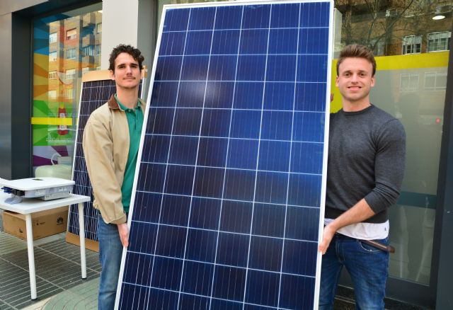 Egresados de la UPCT realizan la primera instalación fotovoltaica de autoconsumo comunitario en Cartagena - 1, Foto 1