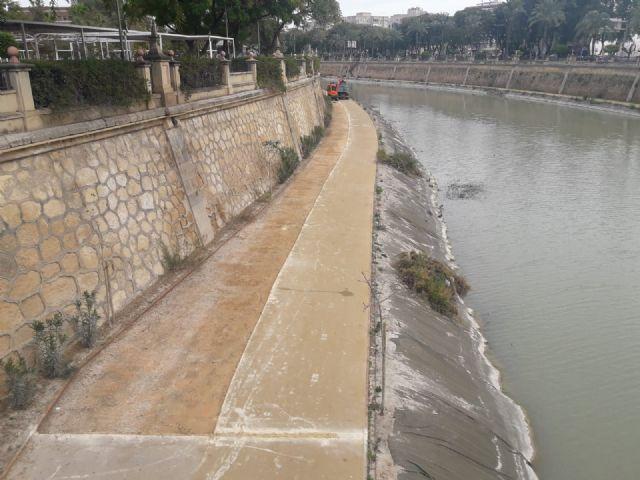 Comienzan las obras de reacondicionamiento del pavimento naturalizado de la margen izquierda del río en su tramo urbano - 1, Foto 1