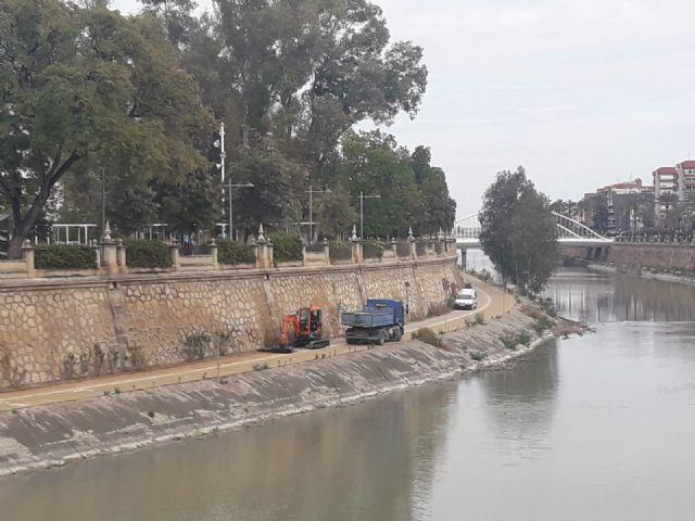 Comienzan las obras de reacondicionamiento del pavimento naturalizado de la margen izquierda del río en su tramo urbano - 2, Foto 2