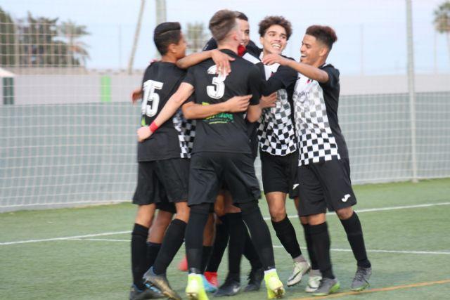 Acatec España potencia la Escuela de Fútbol de Dolores de Pacheco en solidaridad con los afectados de la DANA - 2, Foto 2