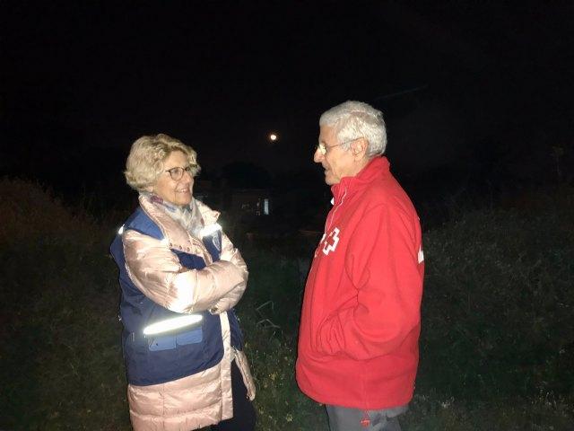 La concejala de Servicios Sociales visita a las personas sin hogar acompañada por la Unidad de Emergencia Social de Cruz Roja - 2, Foto 2
