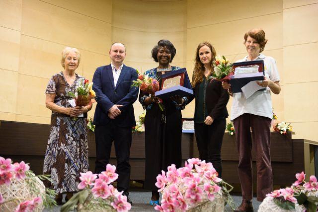 El colectivo de mujeres extranjeras recibe el premio mujer mazarronera 2017 - 1, Foto 1