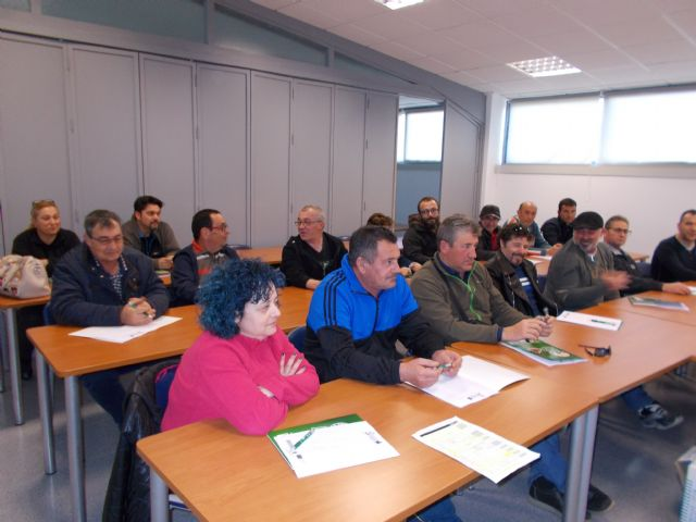 The Almendro Pruning Course is inaugurated at the Local Development Center - 1