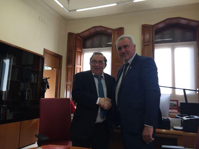 El Ayuntamiento firma con la Universidad de Murcia un convenio para la sede permanente de extensión universitaria en Moratalla - 2, Foto 2